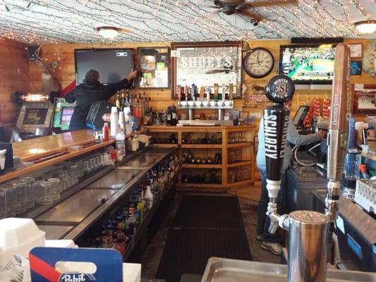 Shuey's Restaurant & Lounge