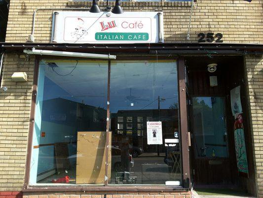 Lu Cafe