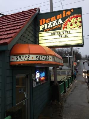 Dennis' Pizza