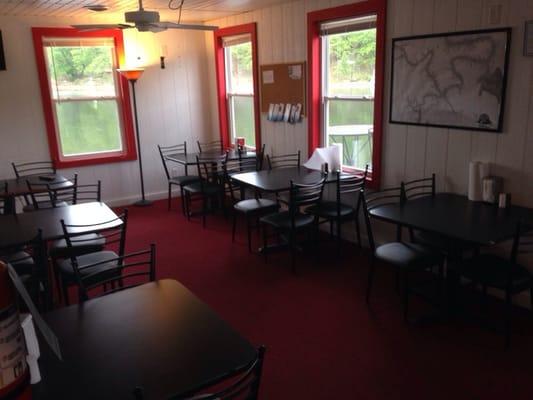 Chesnie's Cafe