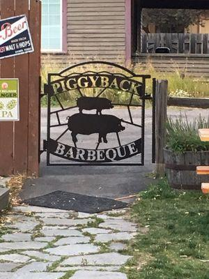 Piggyback Barbeque