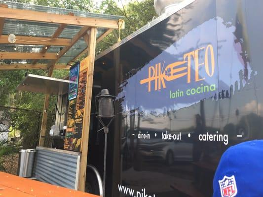 Piketeo Grill