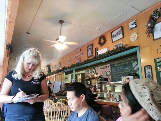 Descanso Junction Restaurant