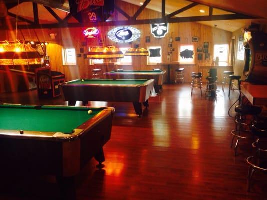 Ixonia Pub