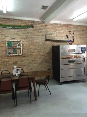 Lonnie's Pizza Shop