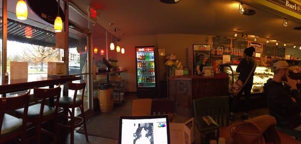 Gigabites Cafe & Deli