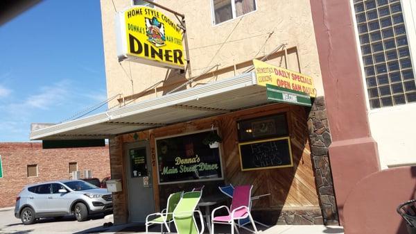 Donna's Main Street Diner