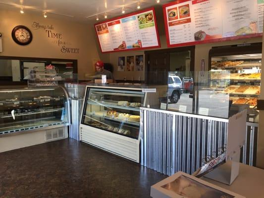 Avenue Bakery