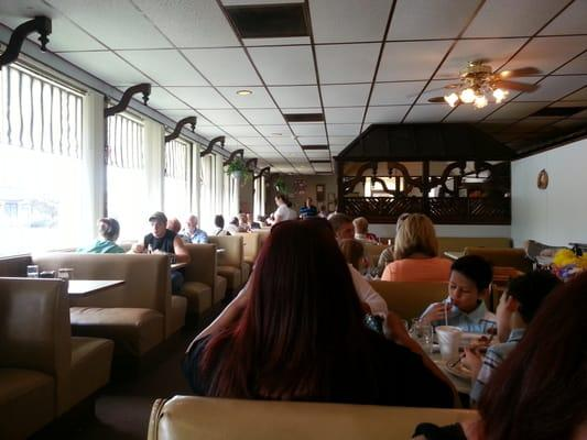 Cahill's Family Pancake House Restaurant