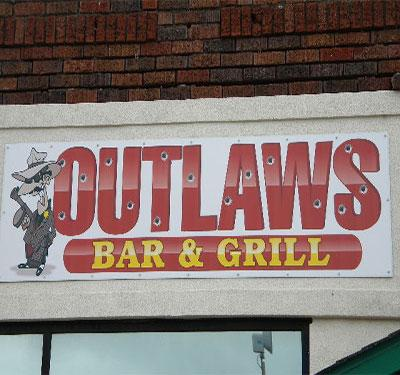 OUTLAW'S Bar and Grill