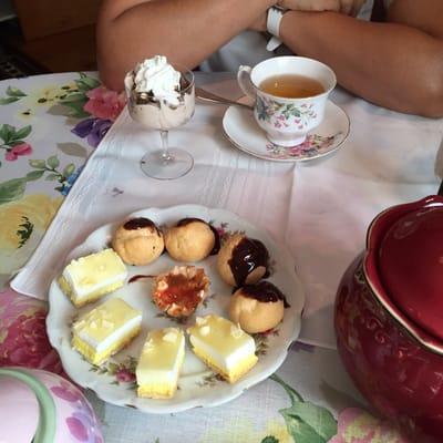 Victorian Tea House Cafe