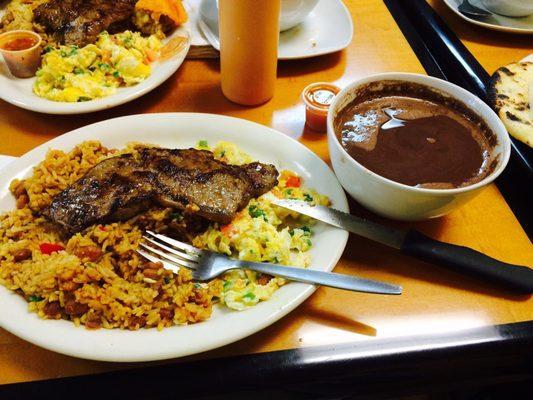 Punto Rojo Restaurant