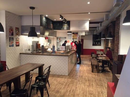 Big Rolland Chicken Cafe