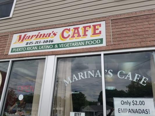 Marinas Cafe