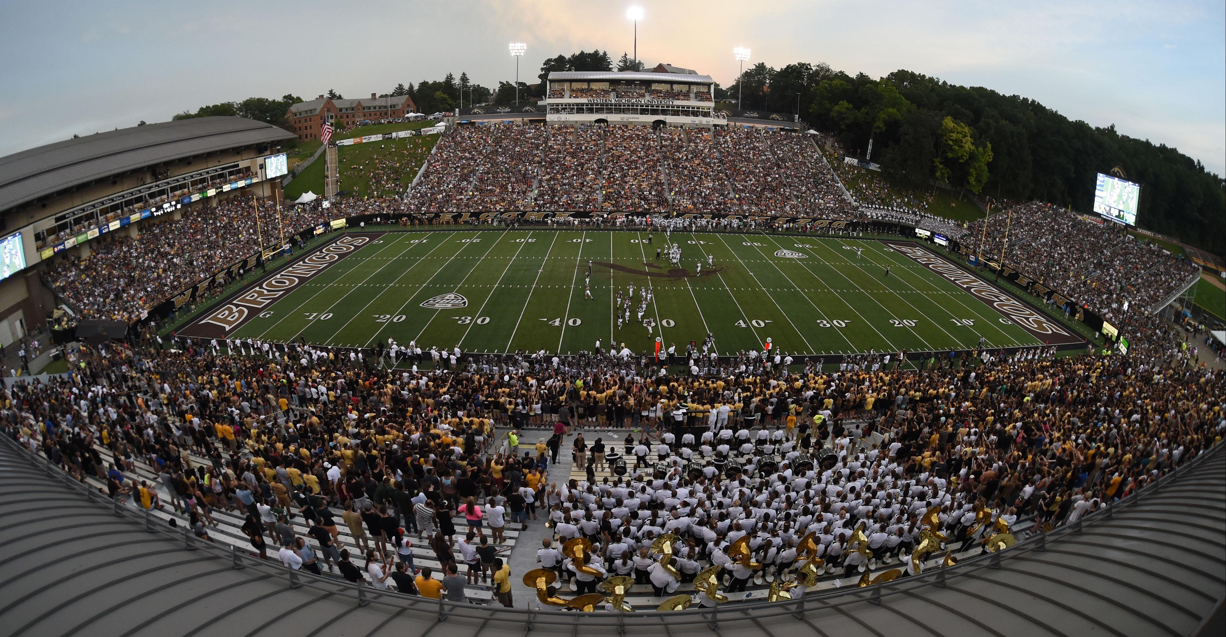 Western Michigan Broncos at Waldo Stadium