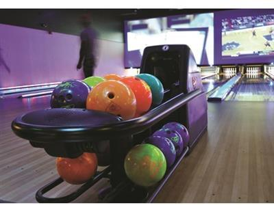 Revolutions Bowling & Lounge