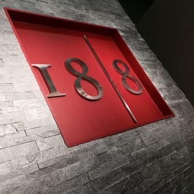 18 8 Fine Men's Salons