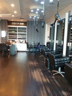 D&L Hair Studio