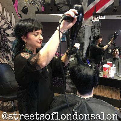 Streets of London Salon