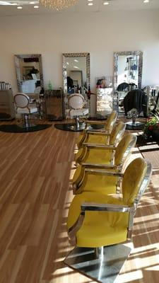 Color Lounge and Salon