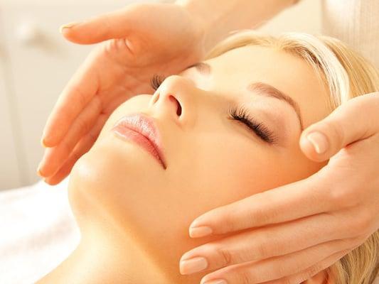 Elements Massage / Facelogic / Bond. {a nail lounge}
