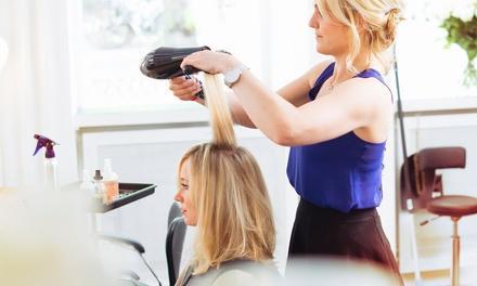 Leah Baumgardner @ Flourish Hair Salon