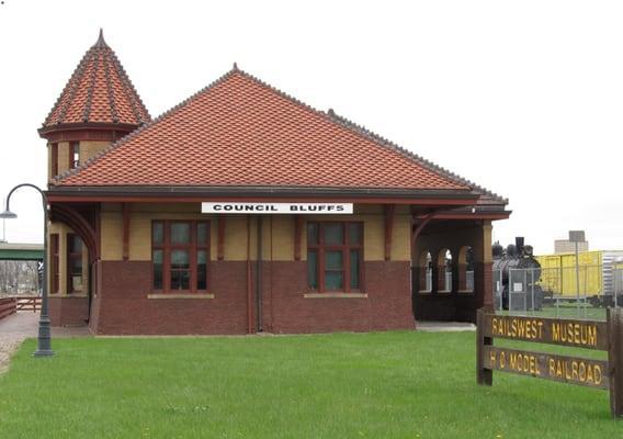 Rails West Railroad Museum