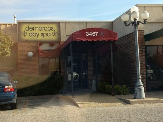 Demarcos Day Spa