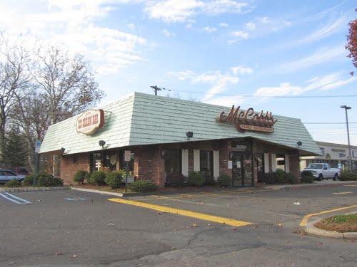 McCobb's Family Restaurant & Ice Cream Bar