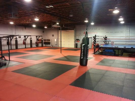 Universal Kickboxing at Bell Rd