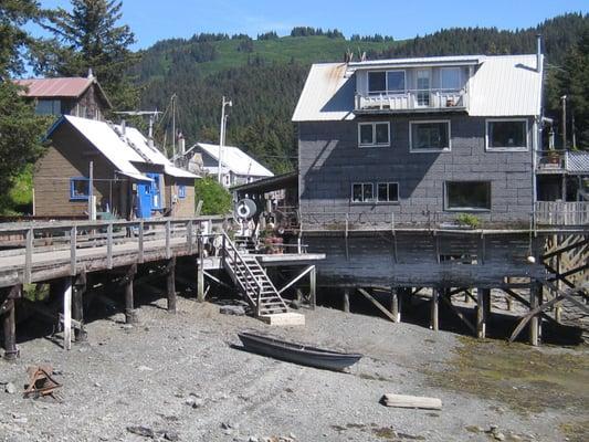 Seldovia Rowing Club/Hotel