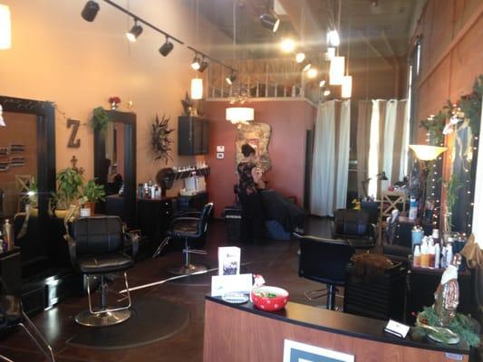 Zumbido Hair Studio