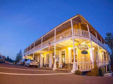 Historic Hotel Leger
