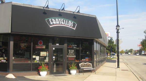 Fratello's Family Restaurant and Pizzeria