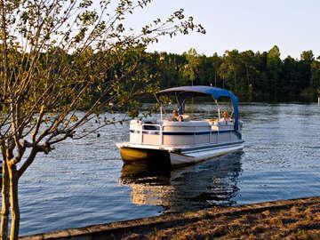 Boat Oneida