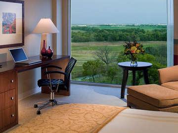The Dallas/Fort Worth Marriott Hotel & Golf Club at Champions Circle