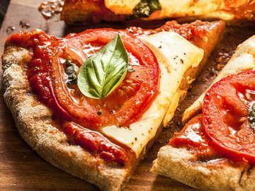 Dough Boy's California Pizza