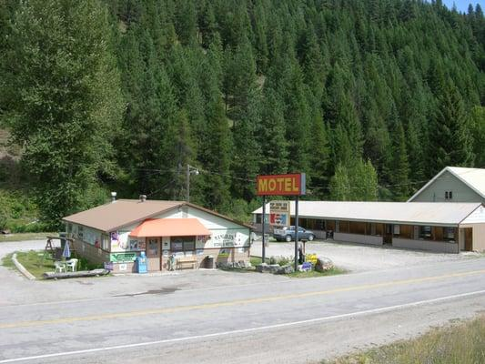 Mangold General Store & Motel