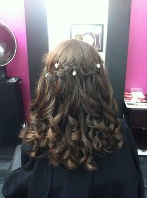Victoria's Hair Studio