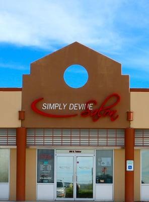 Simply Devine Salon