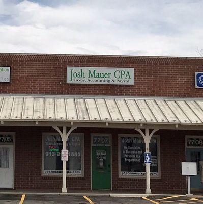 Josh Maurer, Cpa