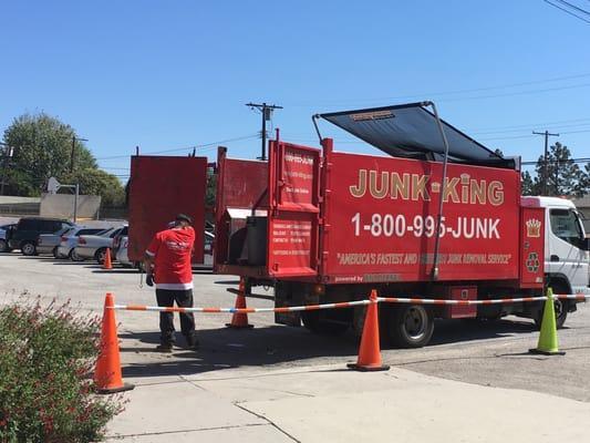 Junk King Los Angeles