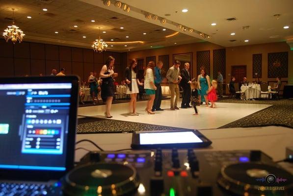 Zehner DJ Service