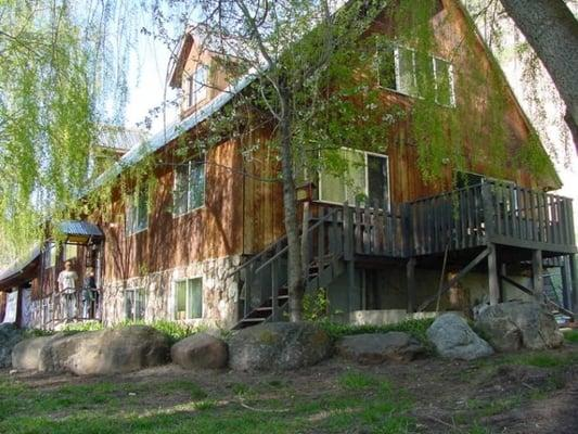 Cub River Lodge Guest Ranch And RV Park