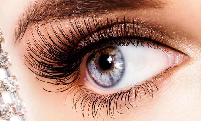 Eyelash extensions with Alexandra Mentch at Tease Hair Studio
