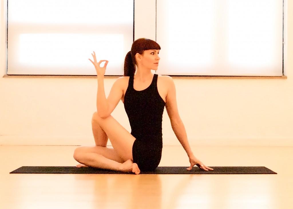 Twist Yoga