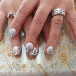 Clever Nails and Spa