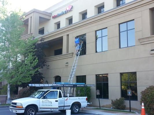 Alpine Window Cleaning.Inc.