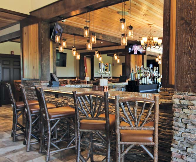 The Clubhouse Bar & Grille
