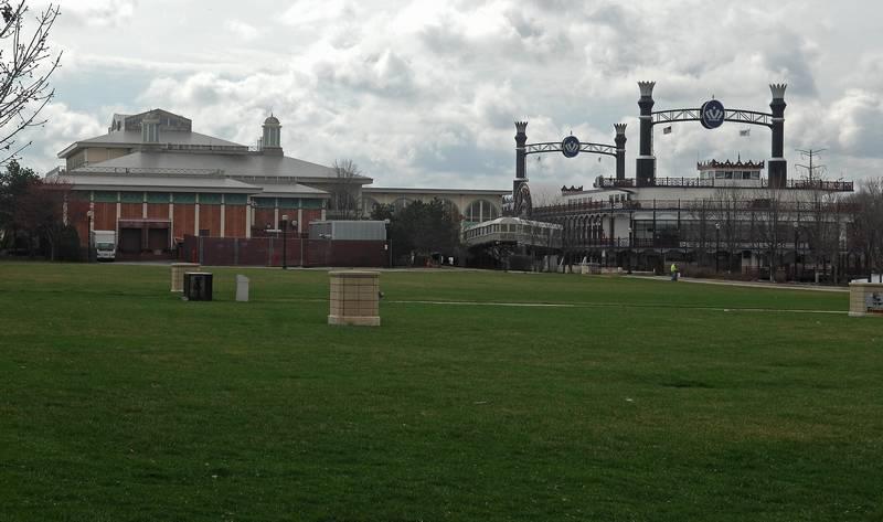 Grand Victoria Casino - Festival Park